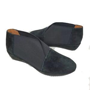 L'AMOUR DES PIEDS women boots ankle Bootie black suede low wedge heel sz 6.5 new