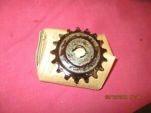 vintage 1942 wla harley davidson  transmission counter shaft sprocket , 17 teeth
