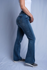Silver Jeans Co. Women's Suki Curvy Fit Midrise Bootcut Denim Jeans