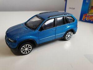 1/43 SCALE MAISTO BMW X5