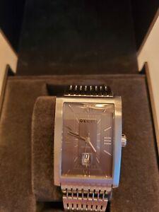 GUCCI MEN 8600M Automatic Grey Rectangle Dial Steel Bracelet, Self Winding, Mint