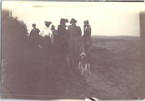 Des chasseurs Vintage silver print Tirage argentique  6x9  Circa 1900  <di