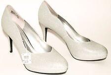 "Womens Fioni Jubilee Rounded Toe Pump 4"" heel size 13W Silver"