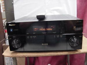 PIONEER ELITE VSX-94TXH 7.1 Channel A/V Receiver Bundle with remote