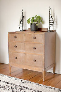 ARTS & CRAFTS LIMED OAK CHEST OF DRAWERS. Heals, Cotswold, Gordon Russell era