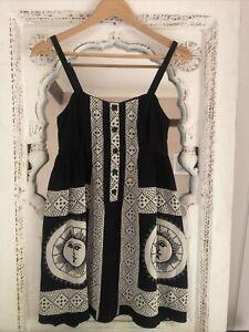 Anna Sui Dress- Size 6 🌿🌸