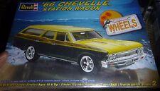 REVELL 1966 CHEVELLE STATION WAGON 1/25 Model Car Mountain KIT FS