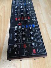 Behringer Model D Synthesizer mit OVP