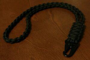 550  Paracord Neck Lanyard / Badge Holder / Black / HK Style Clip
