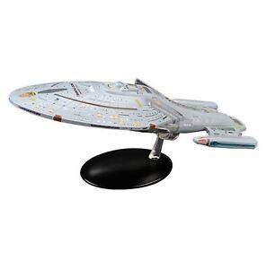 Star Trek Starships USS Voyager 10-inch Oversized Edition