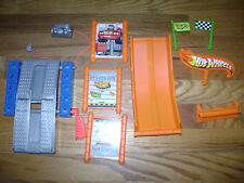 Fisher Price TRIO HOT WHEELS V9540 Lift & Go Garage Replacement Parts Pieces Lot