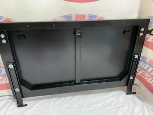 LAND ROVER DEFENDER TAILGATE DROPDOWN FOR PICKUPS - MUC8736 - OEM QUALITY