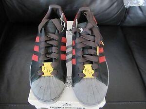 Adidas D.S 2004 35th Anniversary Superstar Ian Brown U.K Size 9 / 9.5 U.S.A New.
