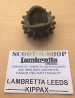 LAMBRETTA 15 TOOTH FRONT DRIVE SPROCKET . LAMBRETTA GP-LI-SX-TV NEW