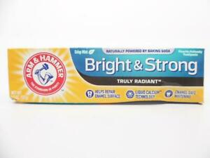 Arm & Hammer Truly Radiant Bright & Strong Fluoride Toothpaste Fresh Mint 4.3 oz