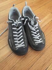 Scarpa Mojito Charcoal Grey Casual Approach Shoes Euro 42.5 Us 9.5 Guc