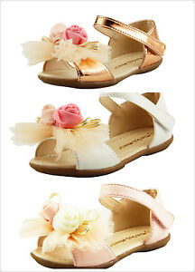 Beautiful Girl's Dress Shoes Sandals with Chiffon Flowers on top Toddler size