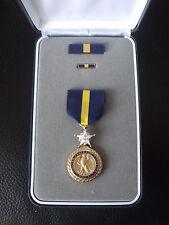 ^A15-009 US Navy MC Distinguished Service Medal Original im Etui