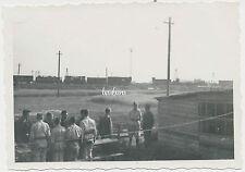Foto Russland-Feldzug-Orscha-Орша Flak-Stellung am Bahnhof (3087)