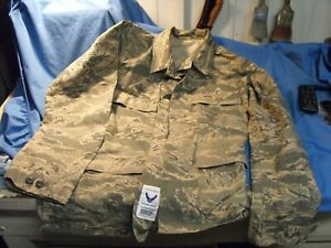 Military Air Force Camo Jacket size 40L