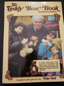The Teddy Bear Book Peter Bull 1987 softcover REVISED EDITION