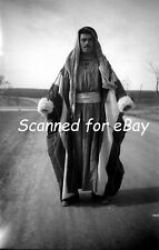 1 NEGATIVE ARAB MAN FROM NORTH SYRIA MIDDLE EAST 1940s