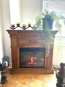 electric fireplace with adjustible heat settings