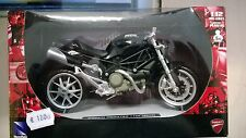 NEW RAY 1:12  MOTO DIE CAST DUCATI MONSTER 1100  ANNO 2010 NERO ART 44023
