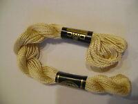 DMC coton perlé N° 5 pour la grosseur et N°739 pour la couleur, long 25 mètres