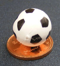 1:12 Scale Plastic Toy Foot Ball Dolls House Miniature Accessory Nursery Toy