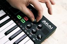 Akai Professional MPK Mini Play - Compact Keyboard and Pad Controller