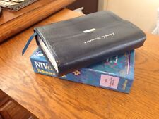 ** NIV 1984  Reference BIBLE ** COMPACT **Navy  BD Leather w/Snap