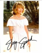 SISSY SPACEK AUTOGRAPHED SIGNED 8X10 PUBLICITY PHOTO IN WHITE DRESS WITH COA