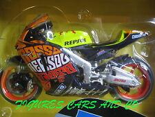 MOTO GP   1/12  HONDA RC 211 V  VALENTINO ROSSI  VALENCIA 2003
