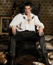 The Tudors UNSIGNED photo - L1033 - Jonathan Rhys Meyers