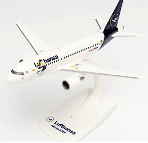 Herpa Lufthansa A319 Plastic Aircraft Model 1/200 Snap-Fit HE612739