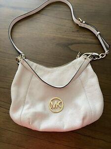 Michael Kors Vanilla Large Pebbled Leather Fulton Chain Shoulder Bag
