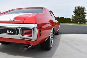 1970 CHEVELLE TAIL LIGHTS LENS PAIR CH26466