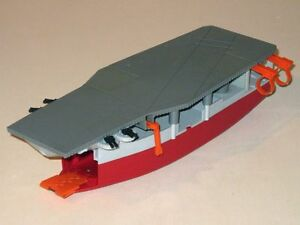 Vintage 1988 Lewis GALOOB Micromachines AIRCRAFT CARRIER Boat Playset!