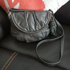 American Eagle Women's Purse Cross Body bag Zip Dark Grey Small FWUW