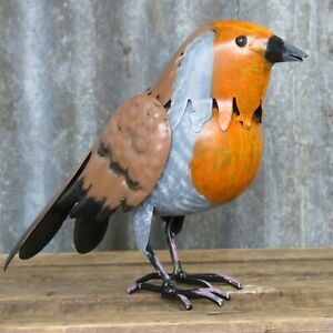 LARGE ROBIN METAL BIRD HAND PAINTED GARDEN OR HOME ORNAMENT