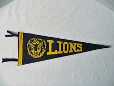 Vintage LIONS FELT SOUVENIR PENNANT Sports School Team Varsity