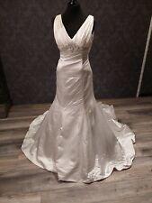 Jasmine Bridale Brautkleid