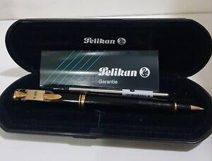 Pelikan Souveran R800 Rollerball Pen. New in the box