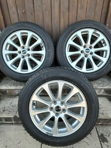 3 Range Rover 19 inch wheels with tires in great condition (A+)