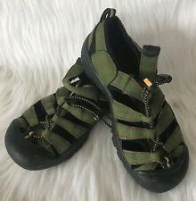 KEEN Womens Sandals Sz 6 Green Waterproof Outdoor Closed Round Toe Bungee Strap