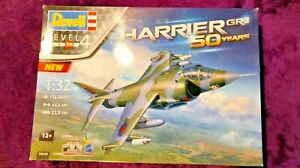 REVELL 1:32 Hawker HARRIER GR.1 50 YEARS Model Kit GIFT SET #05690 *SEALED BAGS*