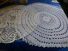 napperons ronds pour petite table ou sellette