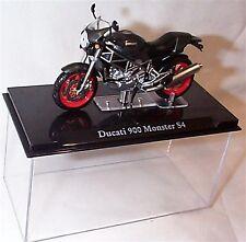 Atlas motor bike Ducati 900 Monster S4 1-24 Scale New in Case