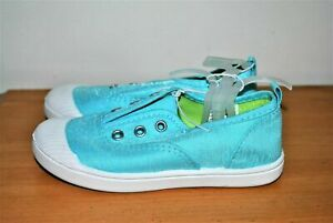 Cat & Jack Girls' Alivia Turquoise Blue Casual Slip-On Sneakers - Size 10